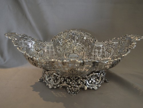 Intricate Victorian Fruit Bowl